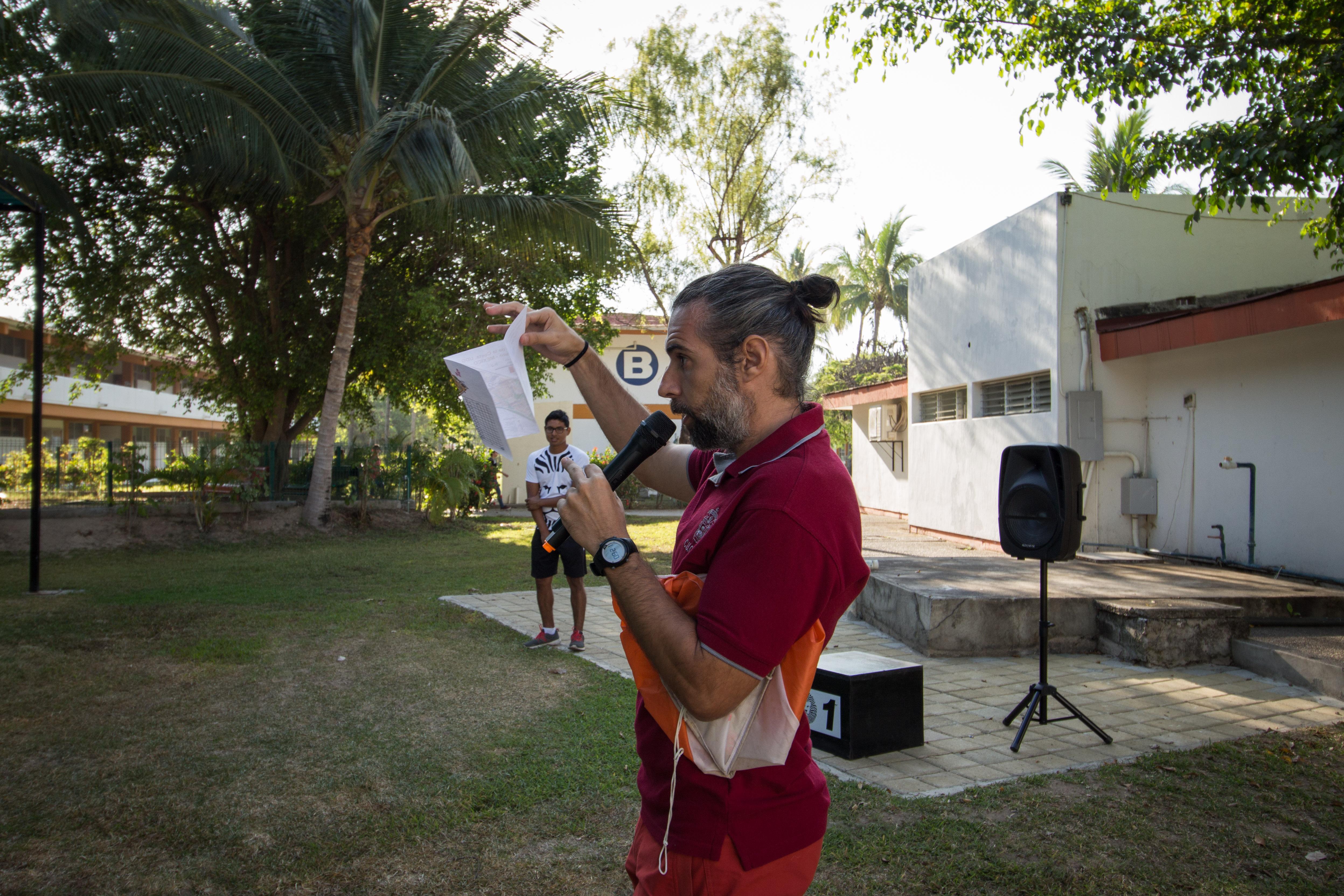 Puerto Vallarta ofrece un ambiente único para el deporte de orientación, señaló el docente Jorge López