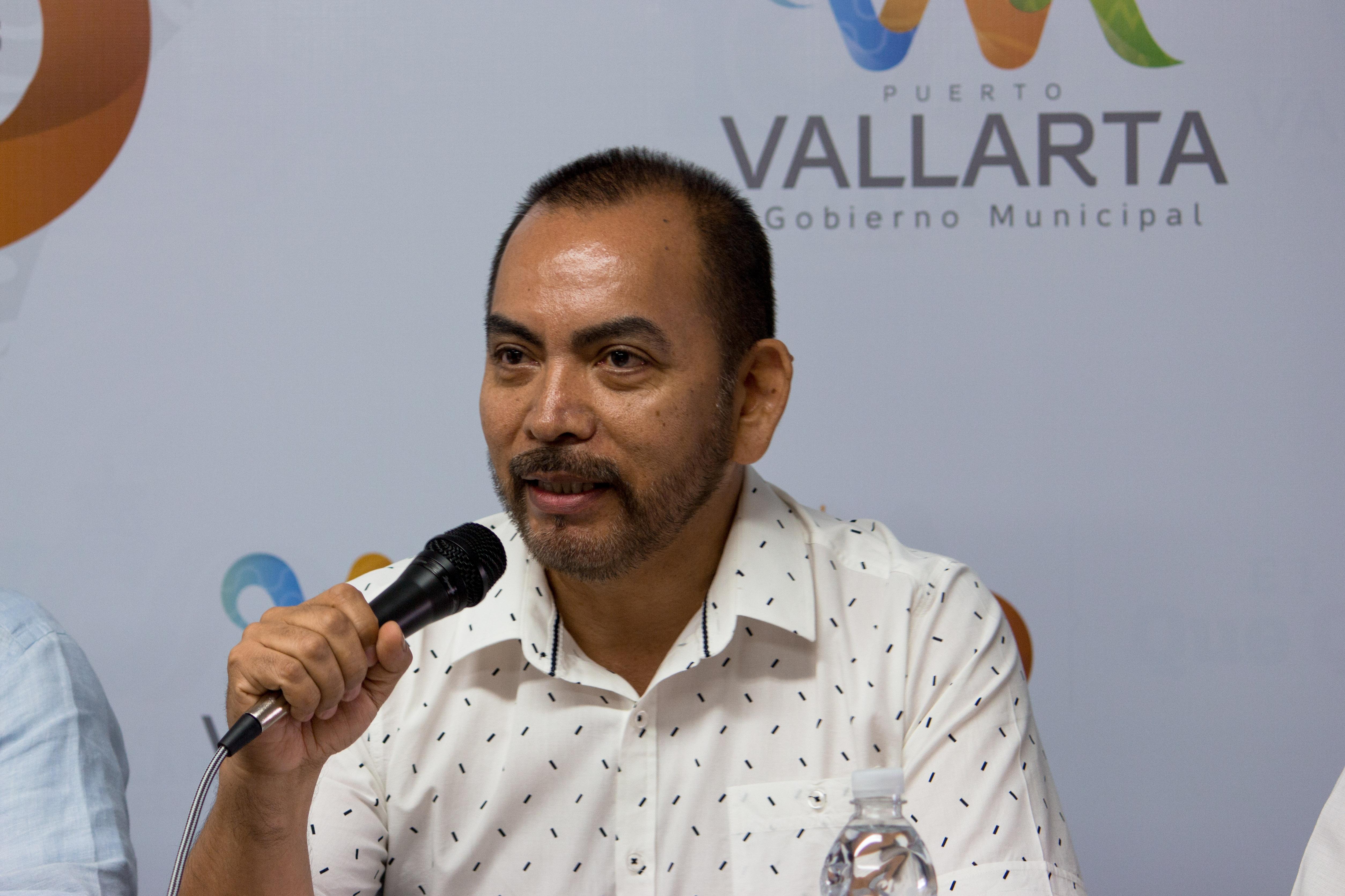 """Alejandro Sánchez Cortés, director del Encuentro Internacional de Poetas y el Arte """"Letras en la Mar"""""""