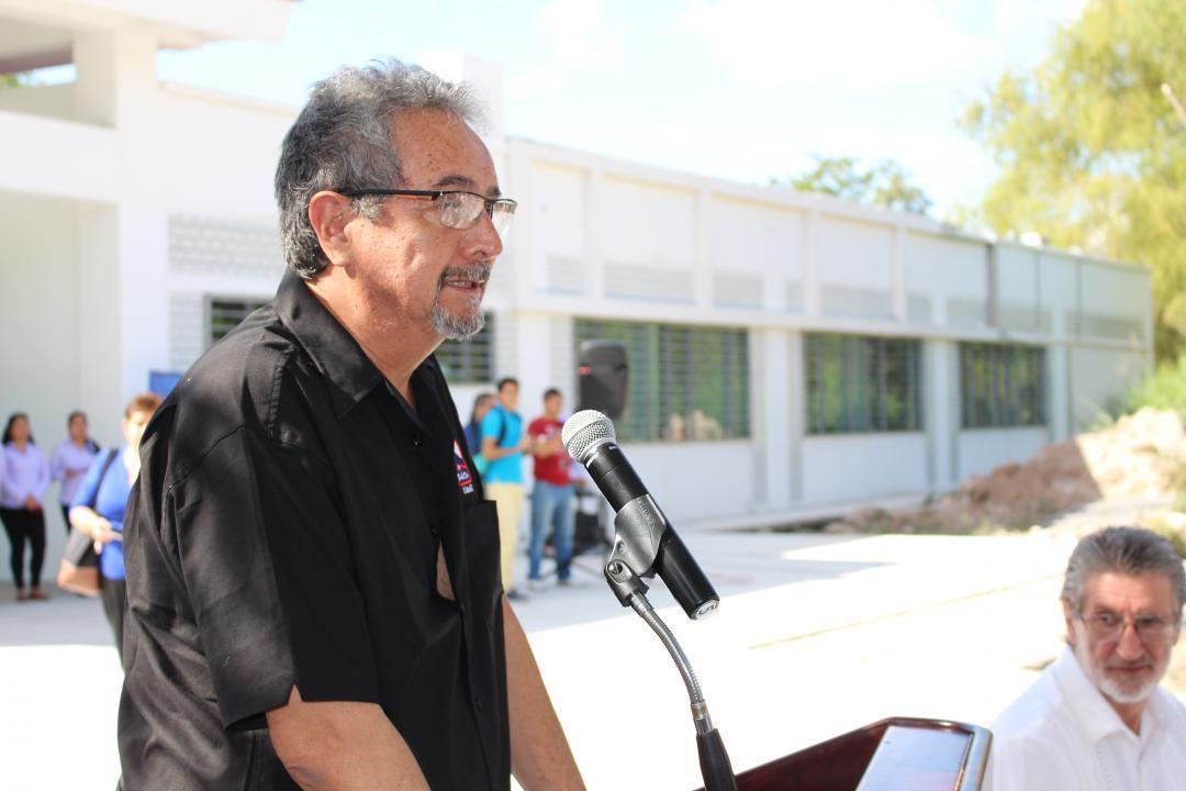 Dr. Francisco Javier Núñez Cornú, coordinador de la maestría en Geofísica del CUCosta