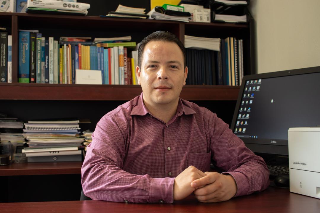 Dr. Jesús Aarón Curiel Beltrán, jefe del Departamento de Ciencias Médicas del CUCosta
