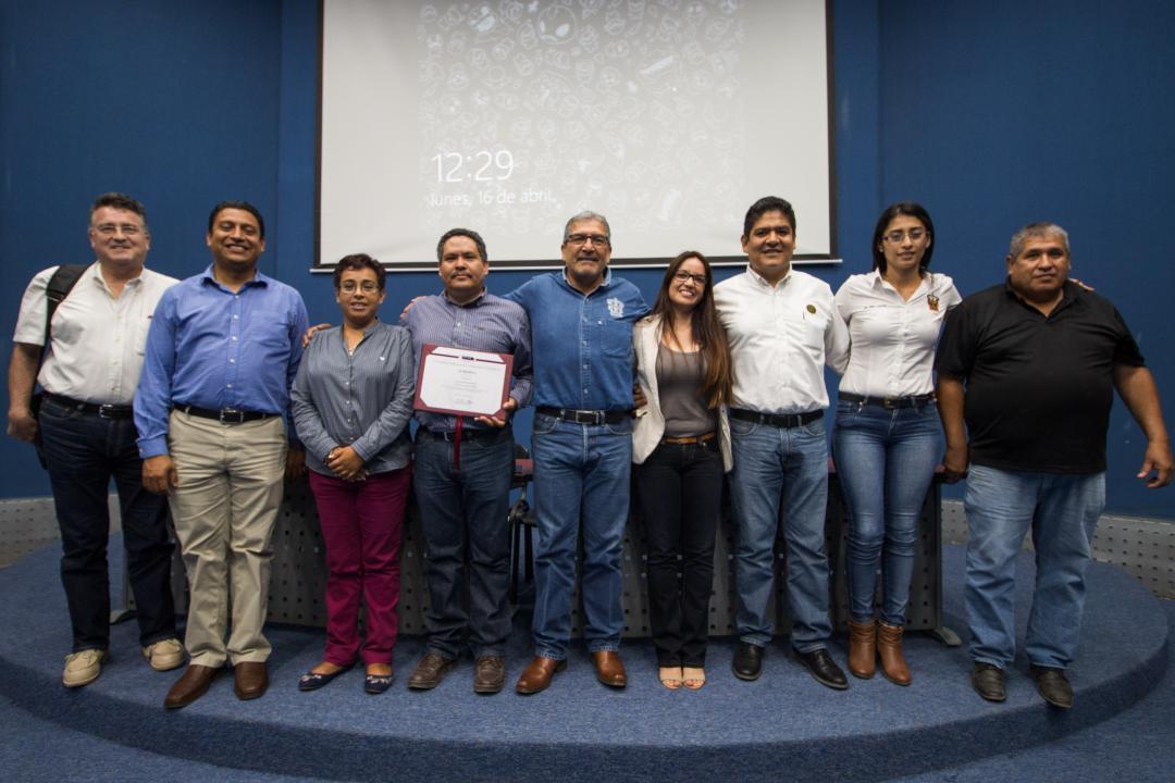 Directivos y docentes celebraron la re-acreditación de la carrera de Ingeniería Civil