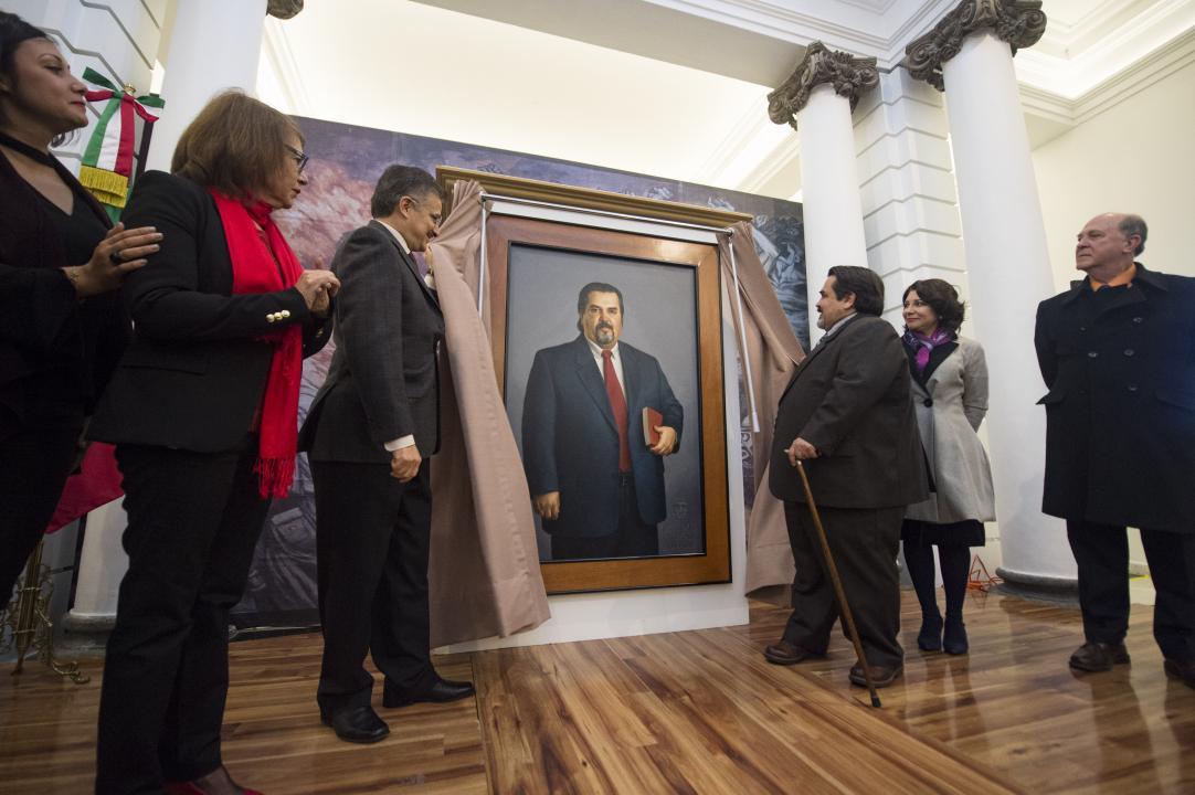 Develación del retrato al óleo del ex Rector general de la UdeG, Dr. Marco Antonio Cortés Guardado